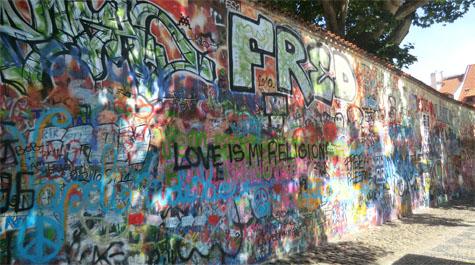 john-lennon wall